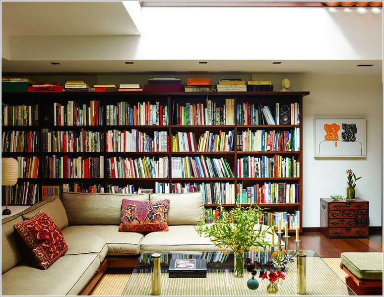 Books in the Home Can Lead to Smarter, More Successful Kids