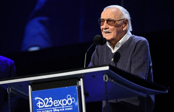 Stan Lee, Superhero at Marvel, Dead at 95