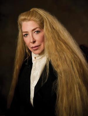 Acclaimed Poet Lucie Brock-Broido Dies at 61